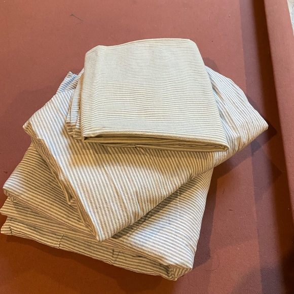 Ralph Lauren pinstripe twin sheets